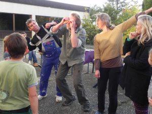 Foto: Gruppenspiel 'Kotzendes Känguruh' - der Flieger