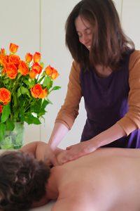 Foto: Luna bei der Bowtech-Massage